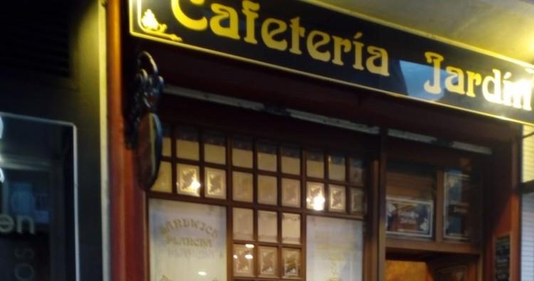 Cafetería  Bar Jardín