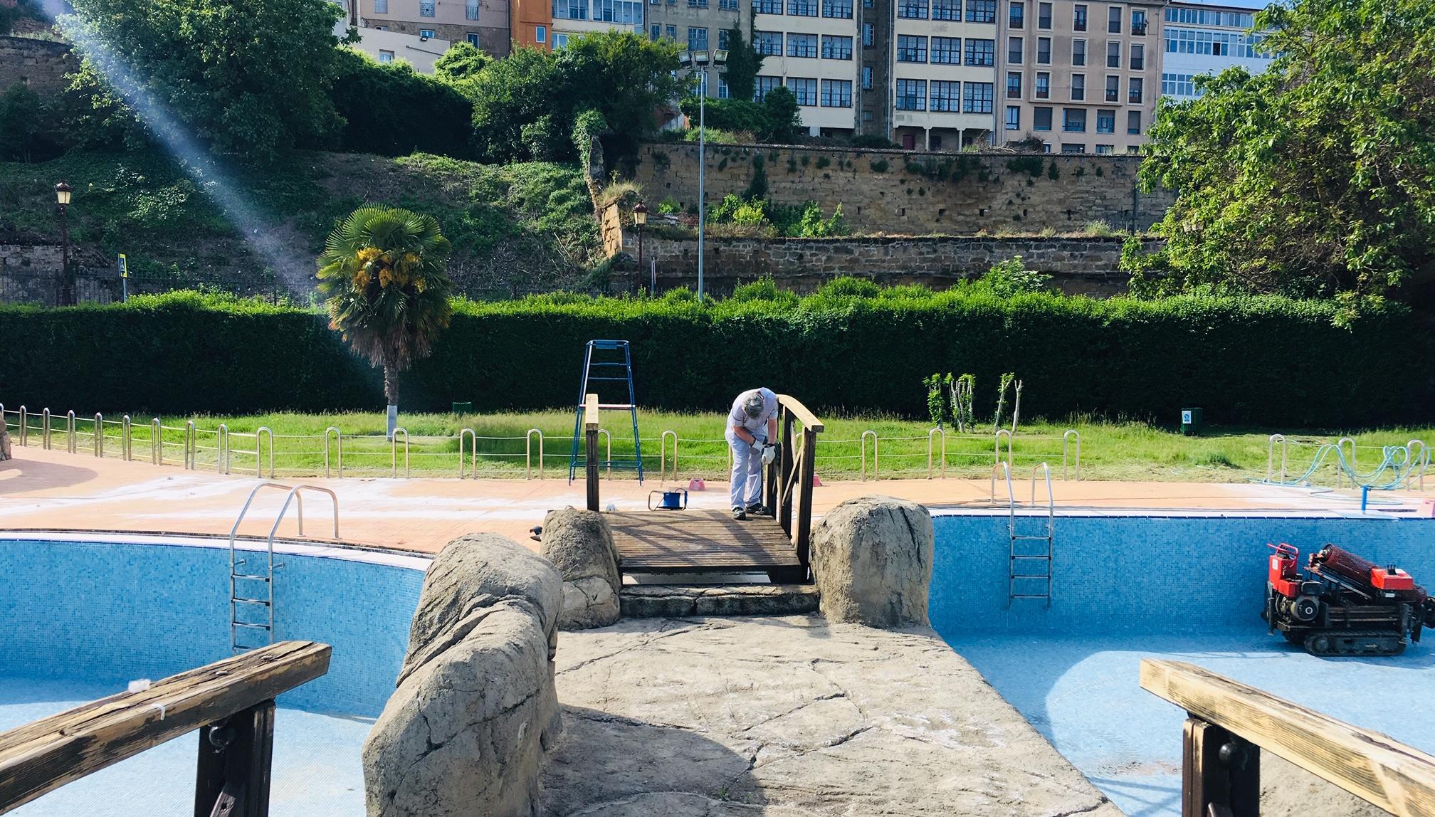 Concluye la primera fase de las obras de mantenimiento de las piscinas del Ferial