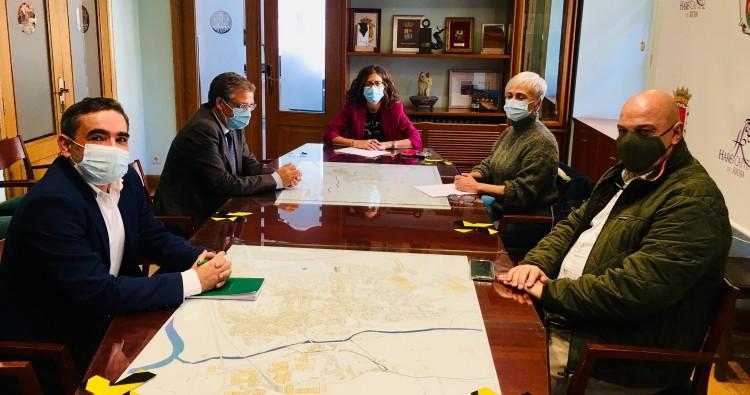 Laura Rivado se reúne con Pablo Rubio, consejero de Servicios Sociales y Gobernanza
