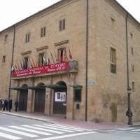 Cine y teatro se dan cita este fin de semana en el teatro Bretón